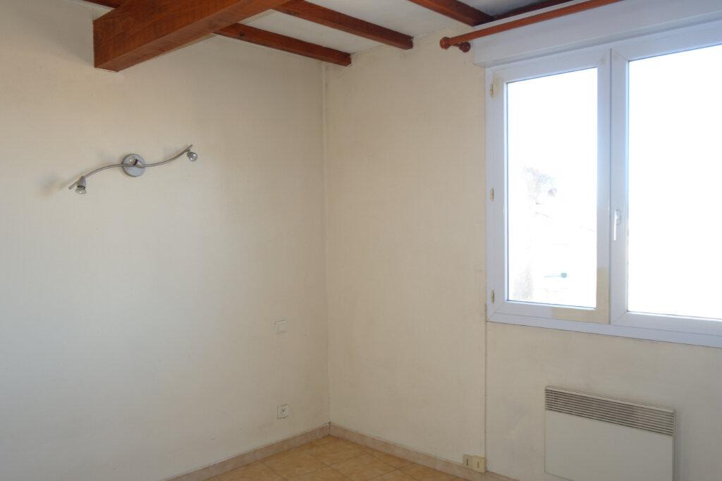 Appartement à louer 2 60m2 à Pézenas vignette-6