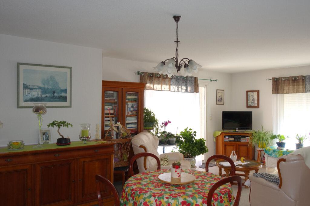 Maison à vendre 4 103m2 à Caux vignette-8