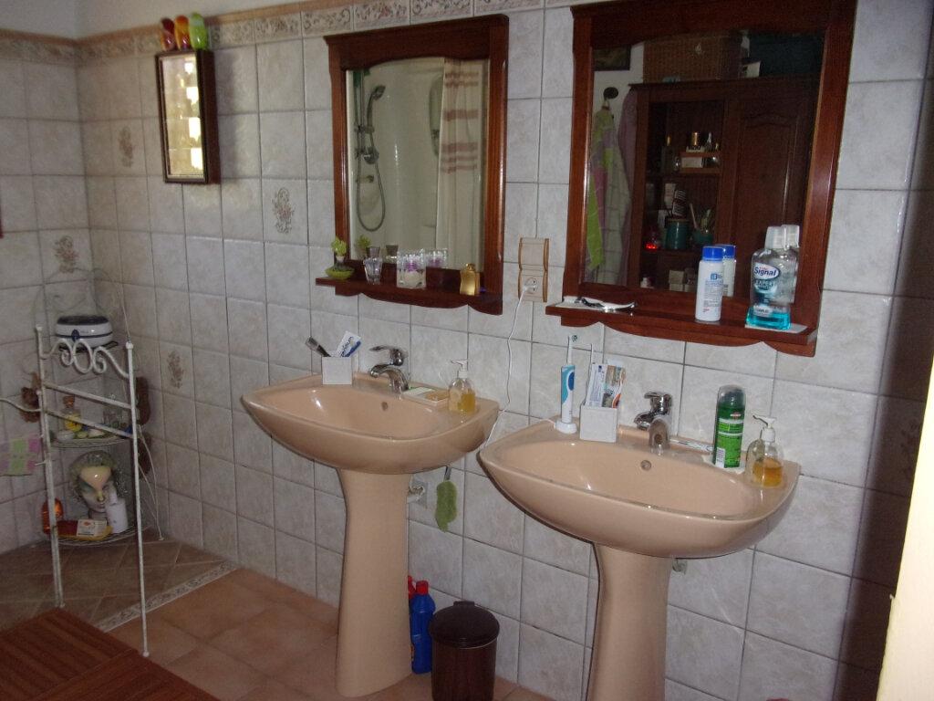 Maison à vendre 4 139m2 à Cabrières vignette-5