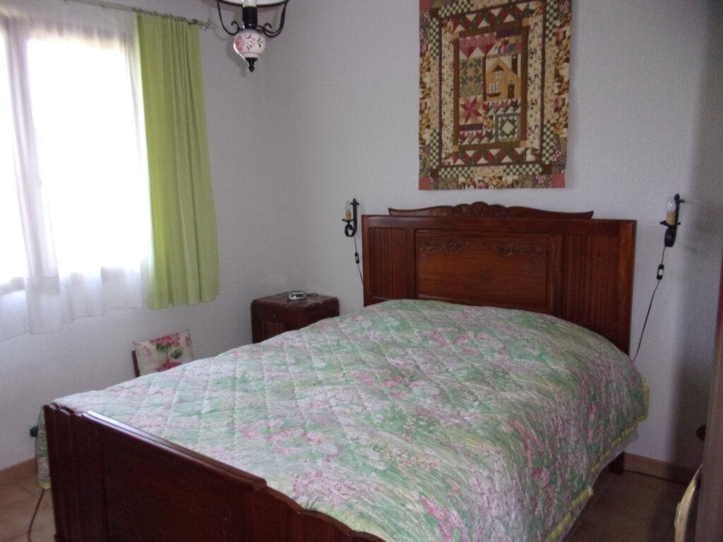 Maison à vendre 4 139m2 à Cabrières vignette-6