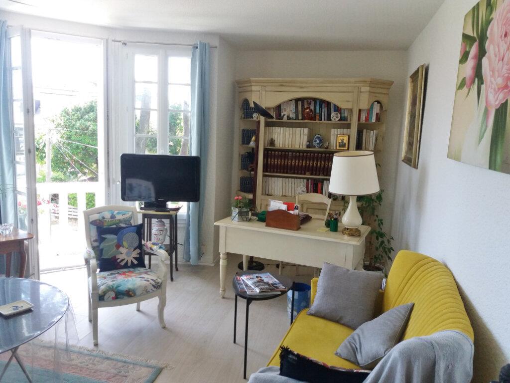 Appartement à louer 3 51m2 à Carnac vignette-3