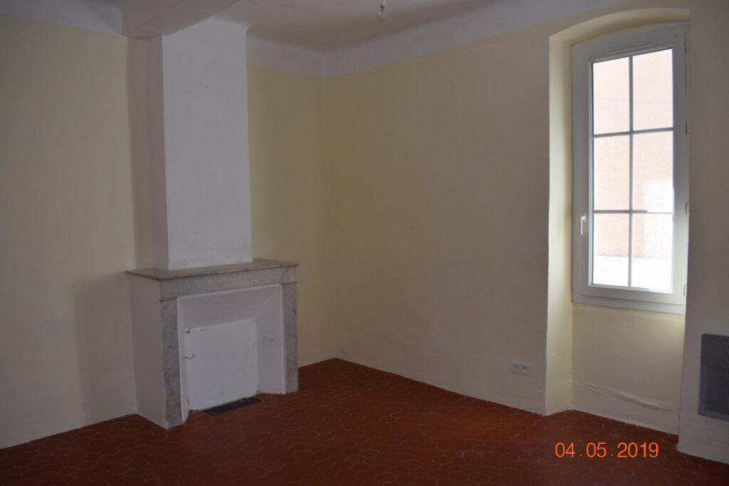 Appartement à louer 4 68m2 à Les Mées vignette-2