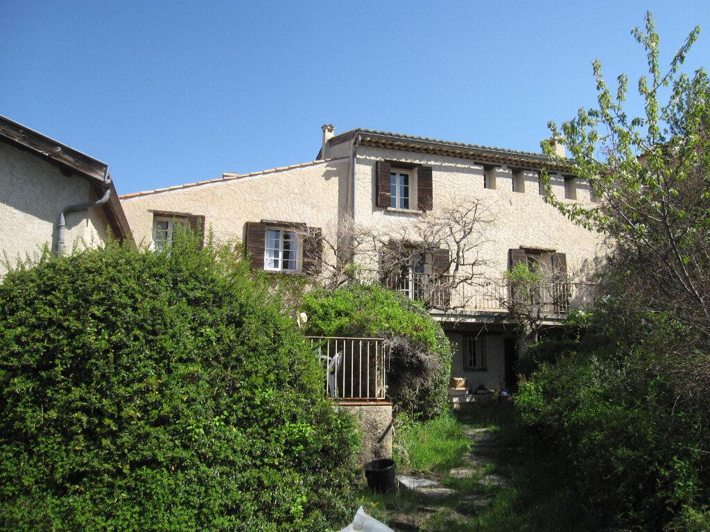 Maison à vendre 10 281m2 à Digne-les-Bains vignette-1