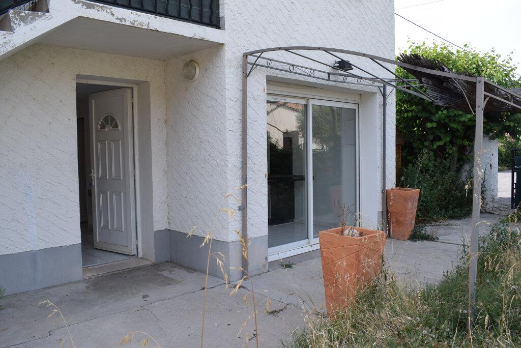 Appartement à louer 4 85m2 à Les Mées vignette-1