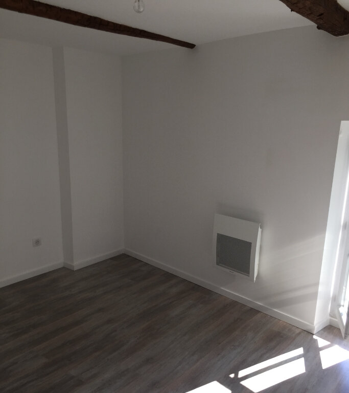 Appartement à louer 2 35m2 à Les Mées vignette-2