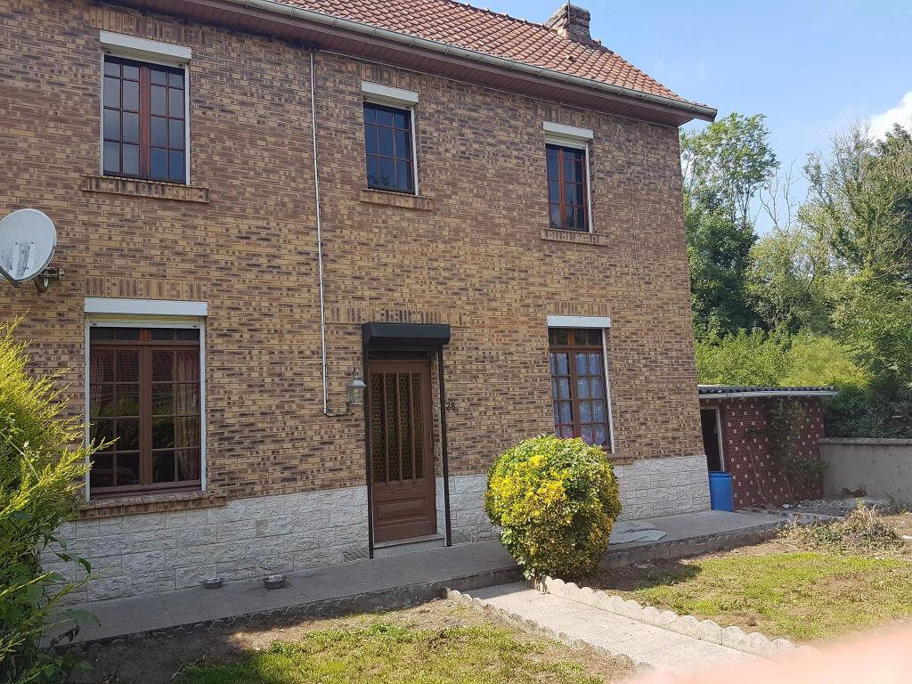Maison à vendre 5 97m2 à Longfossé vignette-1