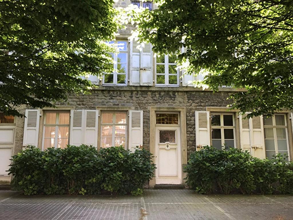 Maison à vendre 8 215m2 à Boulogne-sur-Mer vignette-4