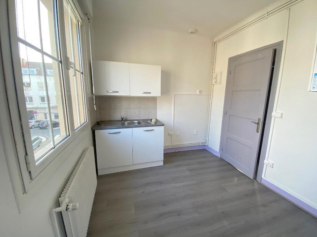 Appartement à louer 3 61m2 à Boulogne-sur-Mer vignette-2