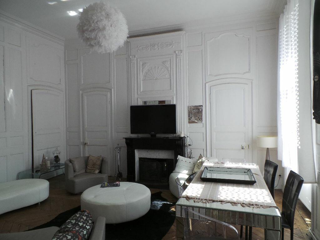 Appartement à vendre 5 140m2 à Boulogne-sur-Mer vignette-3