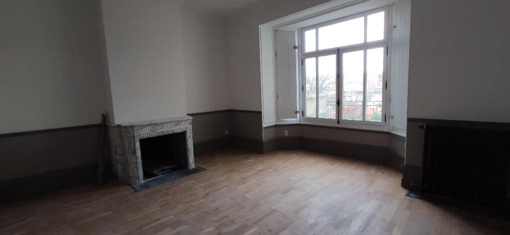 Maison à vendre 6 220m2 à Boulogne-sur-Mer vignette-1