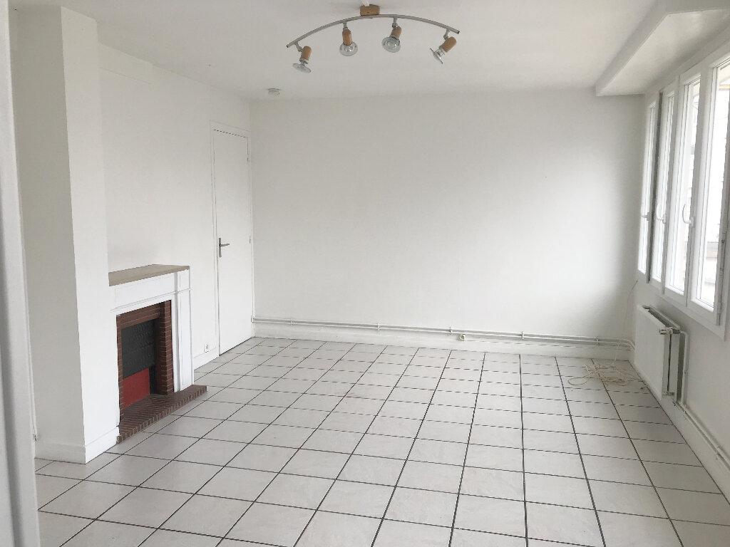 Appartement à louer 2 42m2 à Boulogne-sur-Mer vignette-1