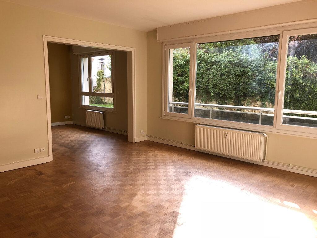Appartement à louer 4 96m2 à Boulogne-sur-Mer vignette-1