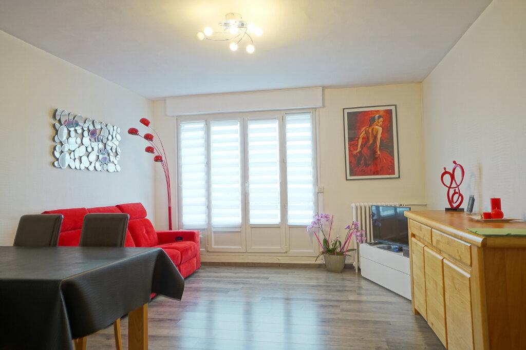 Appartement à vendre 4 78.8m2 à Boulogne-sur-Mer vignette-1
