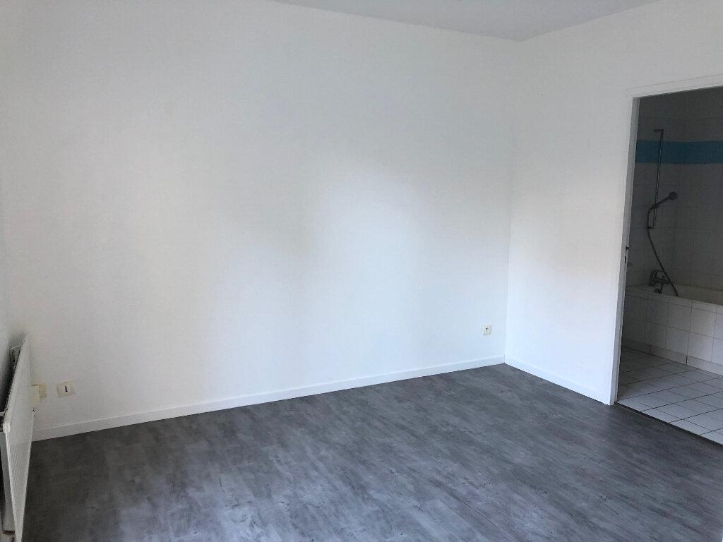 Appartement à louer 2 47m2 à Boulogne-sur-Mer vignette-4