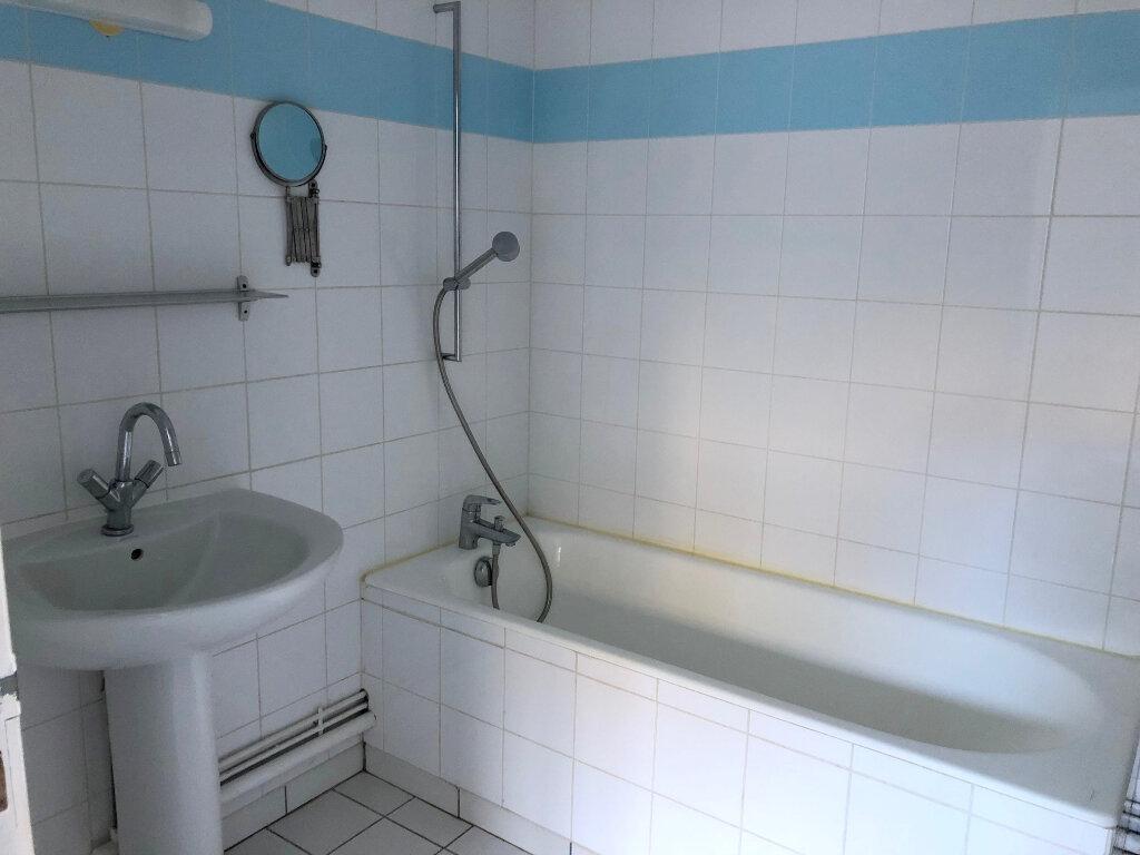 Appartement à louer 2 47m2 à Boulogne-sur-Mer vignette-5