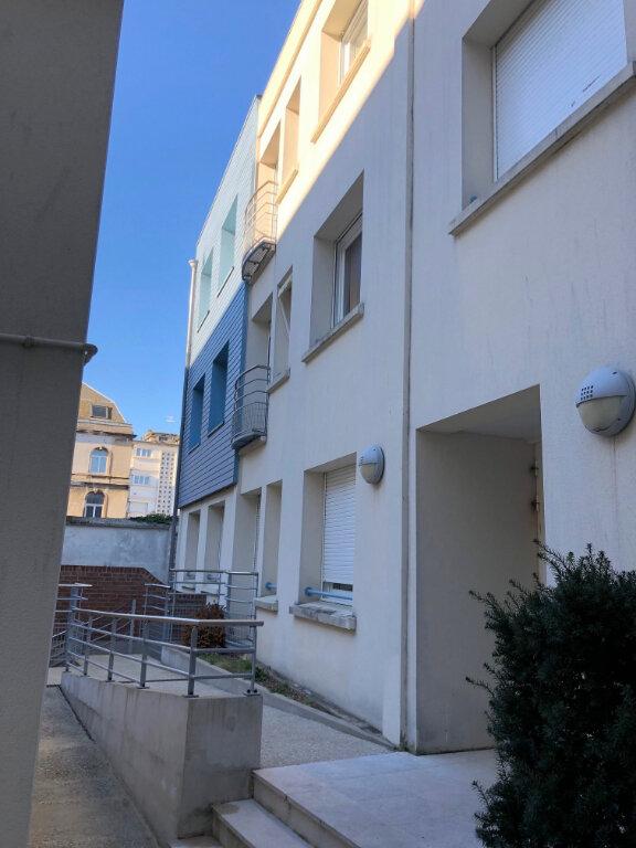 Appartement à louer 2 47m2 à Boulogne-sur-Mer vignette-7