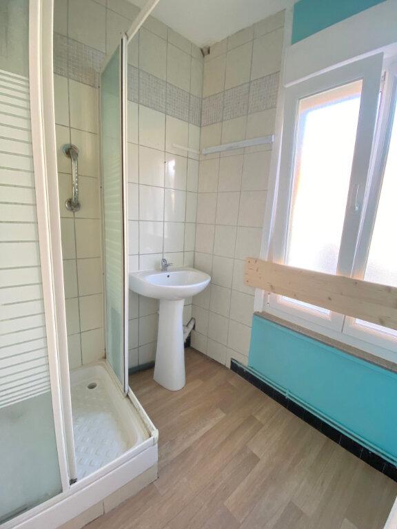 Appartement à louer 2 42m2 à Boulogne-sur-Mer vignette-4