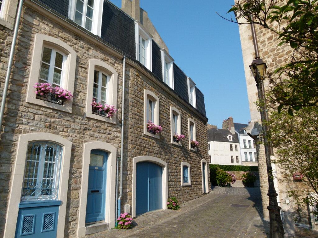 Maison à vendre 7 135m2 à Boulogne-sur-Mer vignette-1