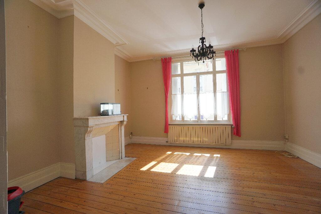 Maison à vendre 7 160m2 à Boulogne-sur-Mer vignette-1