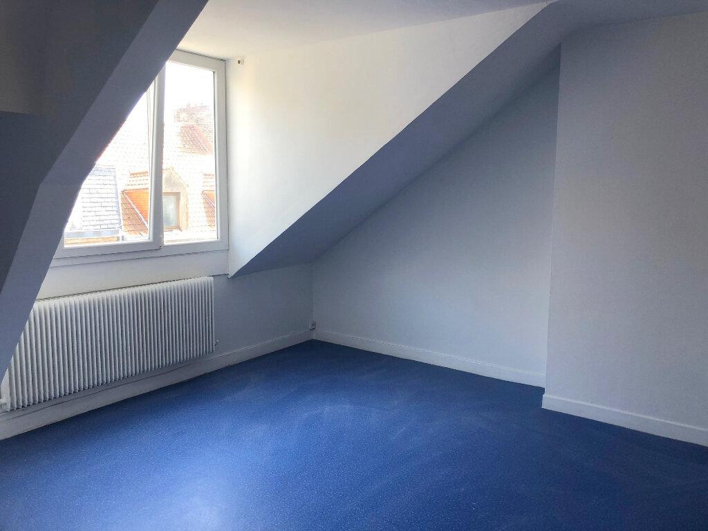 Appartement à louer 3 65m2 à Boulogne-sur-Mer vignette-3