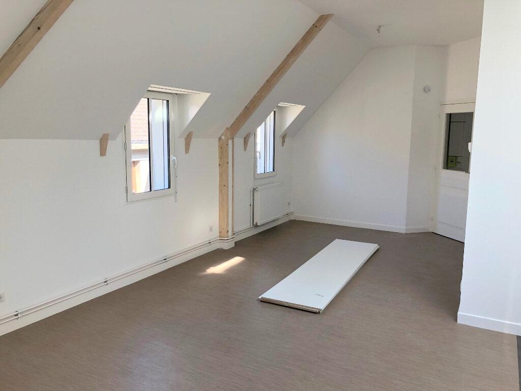 Appartement à louer 2 53m2 à Guînes vignette-2