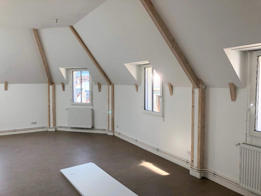Appartement à louer 2 53m2 à Guînes vignette-3