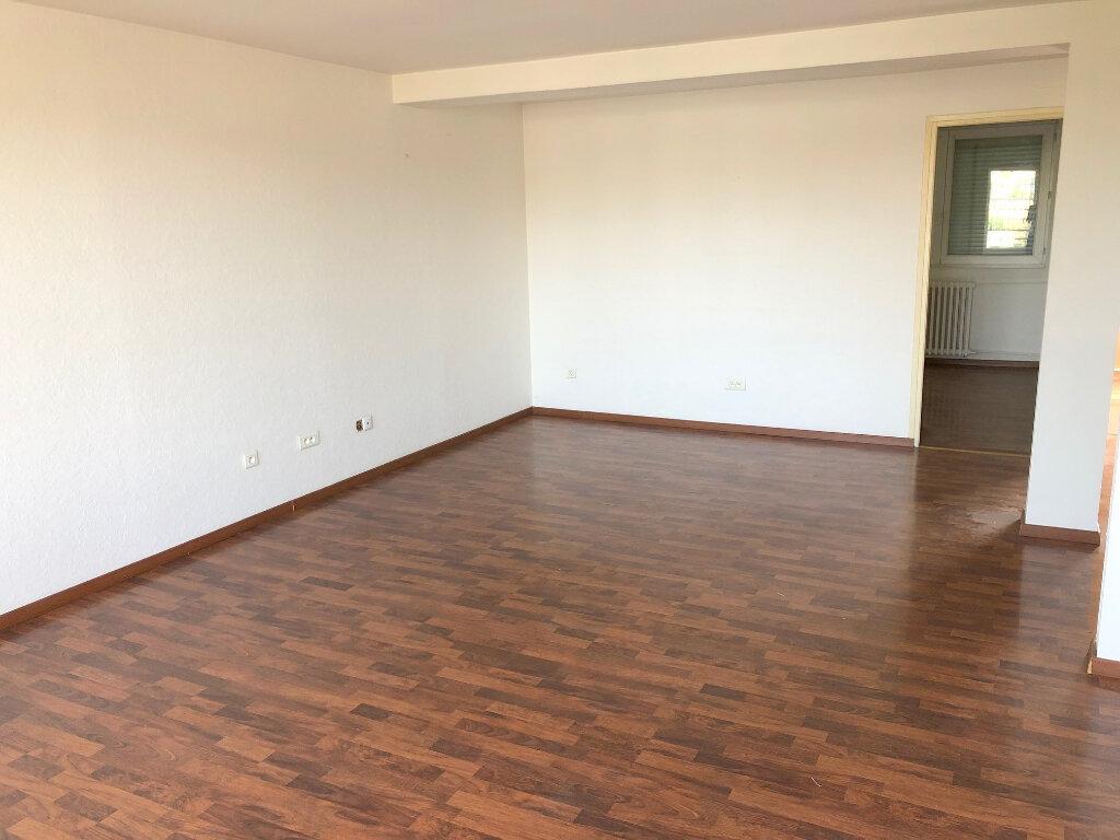 Appartement à louer 3 66m2 à Boulogne-sur-Mer vignette-3