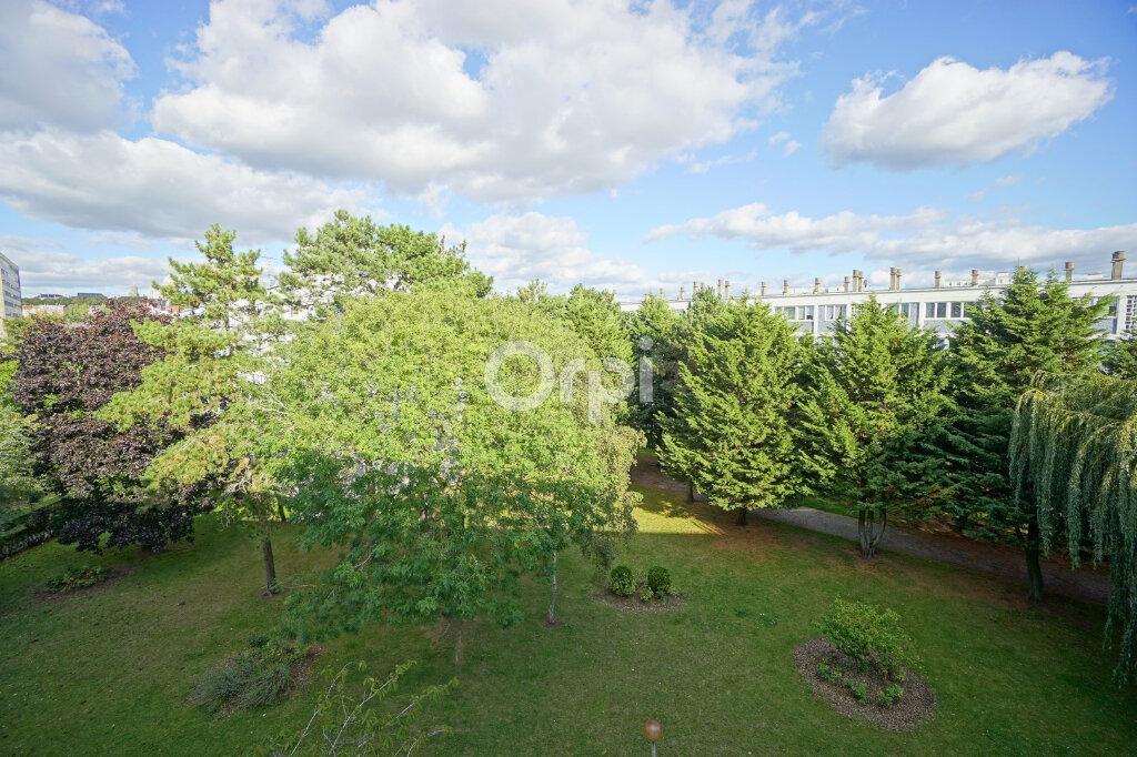 Appartement à vendre 4 73.54m2 à Boulogne-sur-Mer vignette-4
