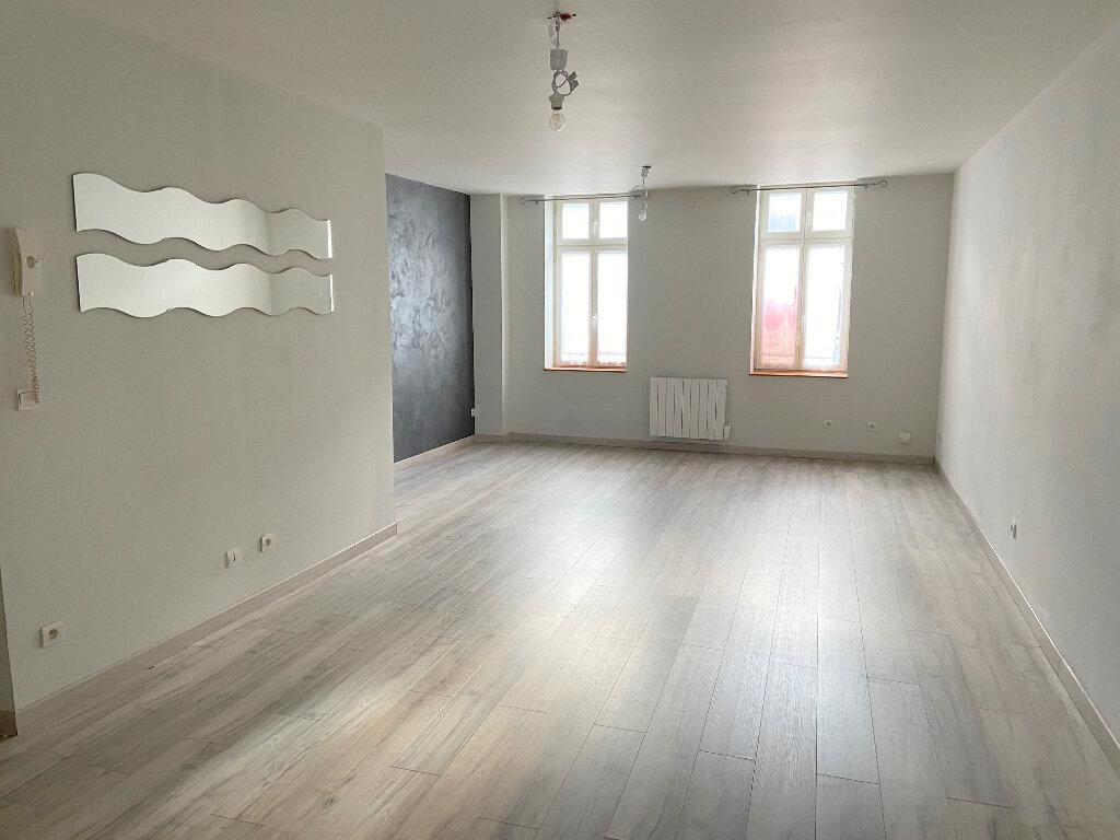 Appartement à louer 3 66m2 à Boulogne-sur-Mer vignette-1