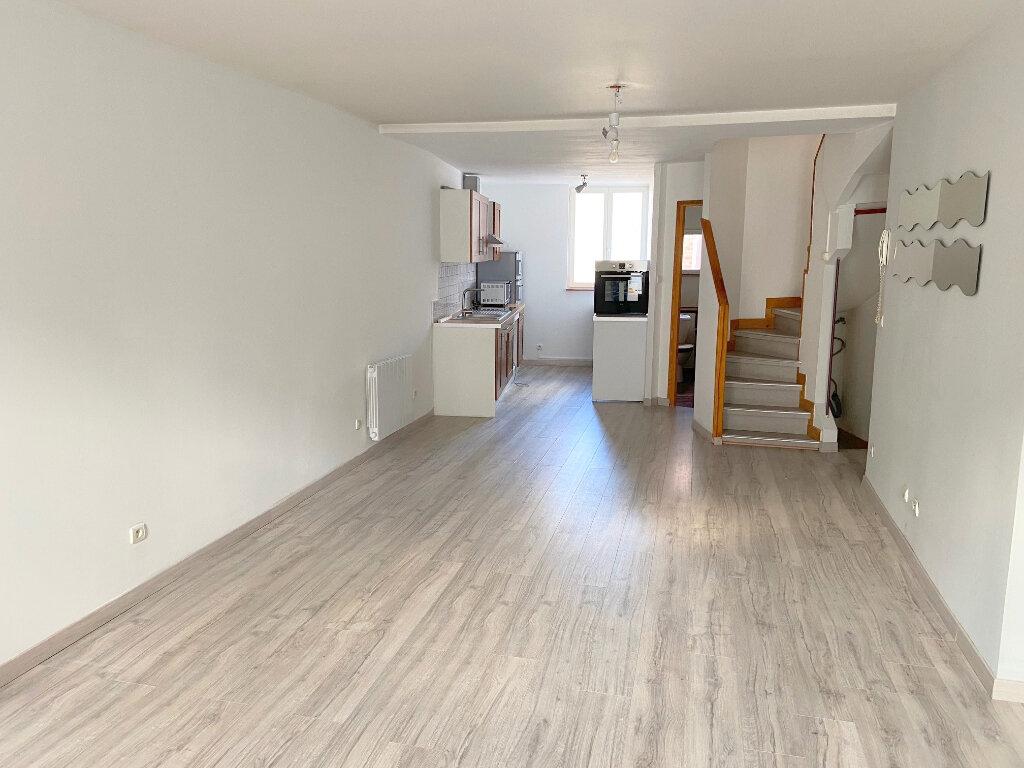 Appartement à louer 3 66m2 à Boulogne-sur-Mer vignette-2