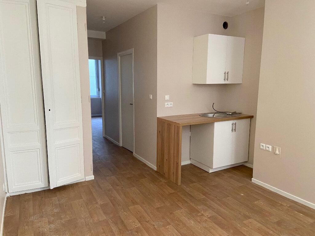 Appartement à louer 2 37m2 à Boulogne-sur-Mer vignette-2
