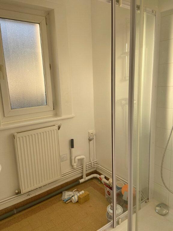 Appartement à louer 2 34m2 à Boulogne-sur-Mer vignette-4