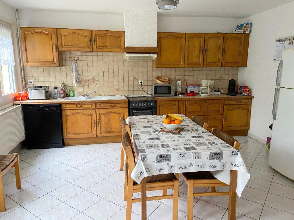 Maison à louer 4 121m2 à Wierre-Effroy vignette-4