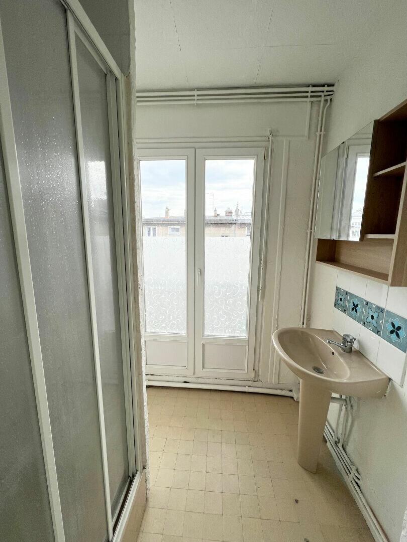 Appartement à louer 2 57m2 à Boulogne-sur-Mer vignette-5
