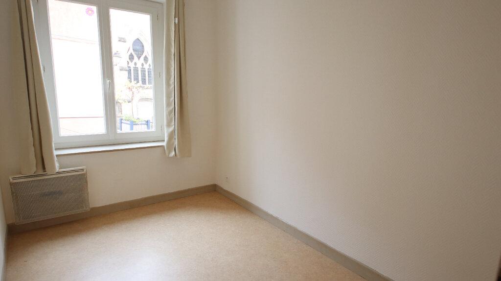 Appartement à louer 3 50.25m2 à Château-Thierry vignette-4