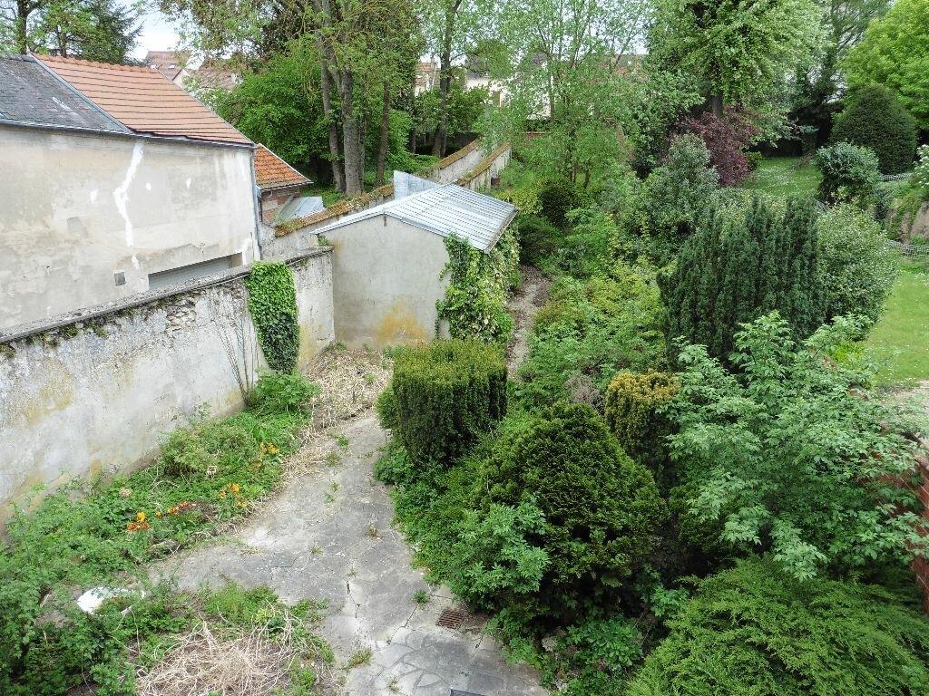 Appartement à louer 3 80.64m2 à Château-Thierry vignette-5
