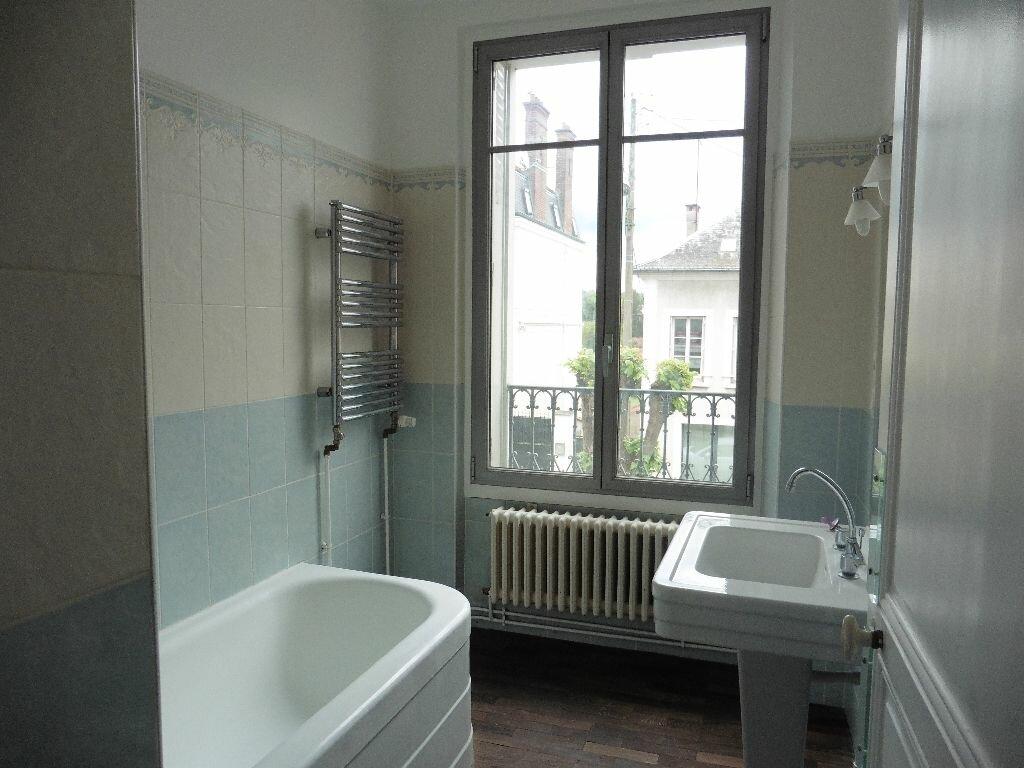 Appartement à louer 3 80.64m2 à Château-Thierry vignette-6
