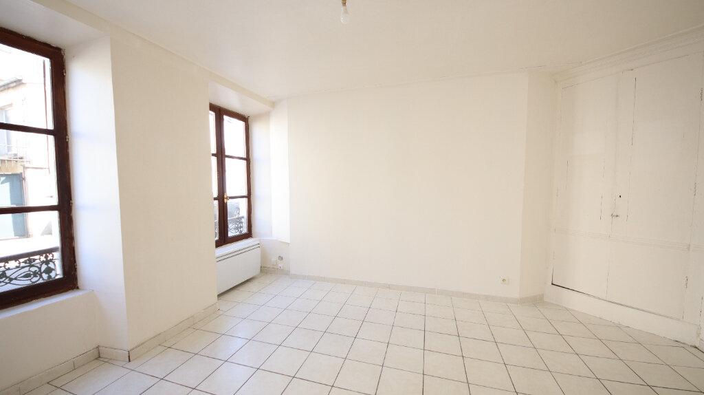 Appartement à louer 2 30.4m2 à Château-Thierry vignette-4