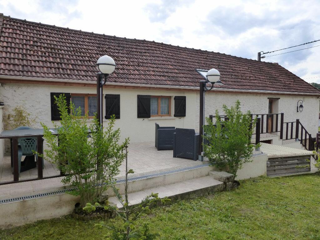 Maison à louer 5 127m2 à Domptin vignette-4