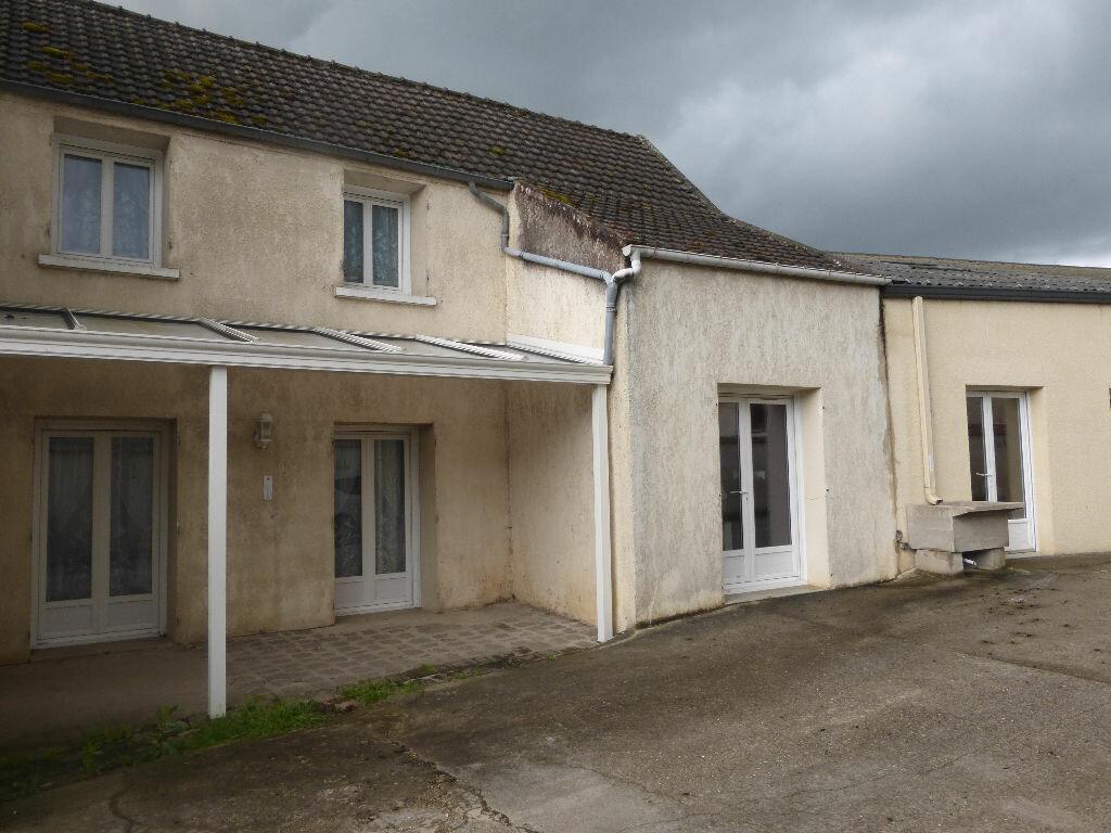 Maison à vendre 8 295.54m2 à Essômes-sur-Marne vignette-1