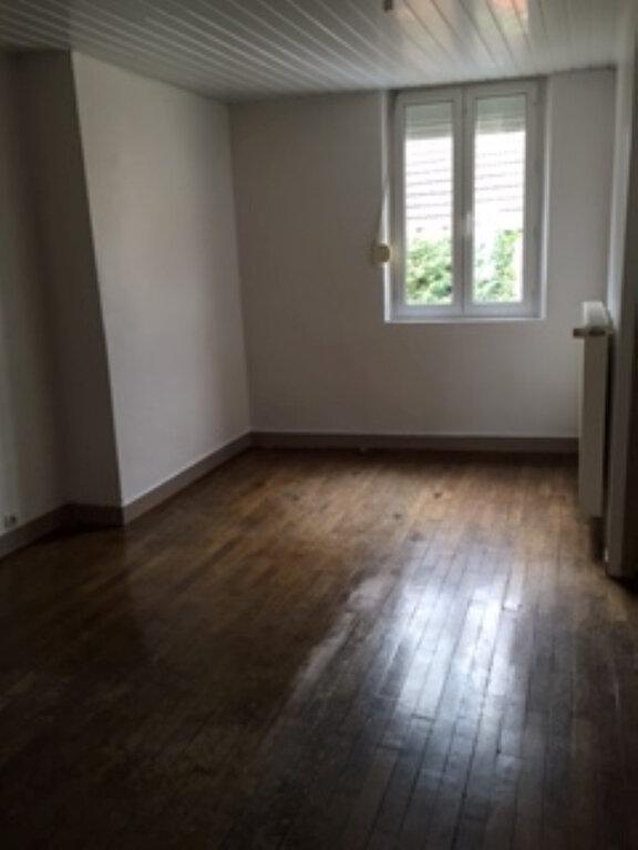 Appartement à louer 4 70.61m2 à Essômes-sur-Marne vignette-5