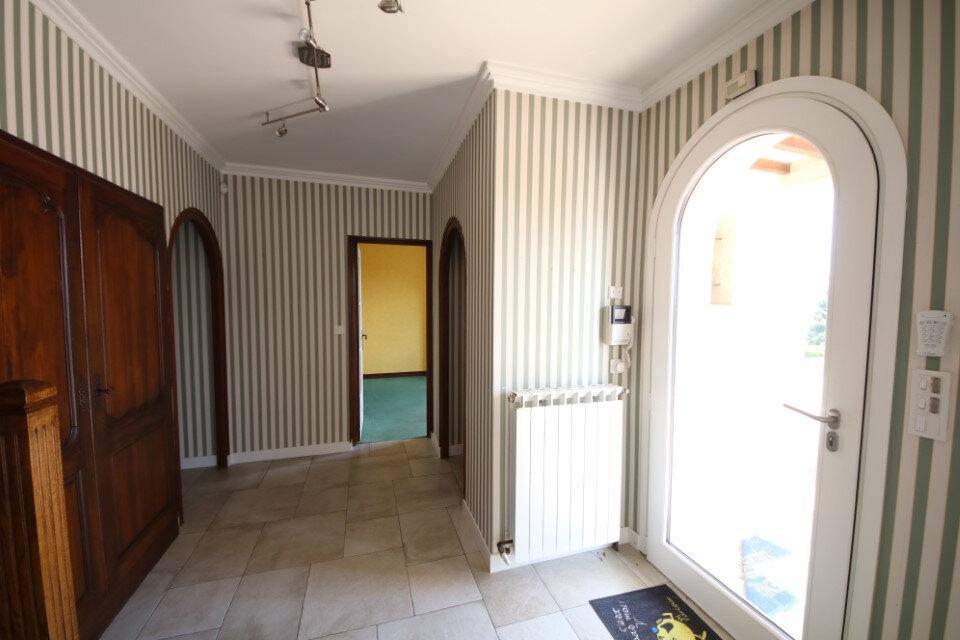 Maison à vendre 7 187.1m2 à Château-Thierry vignette-4