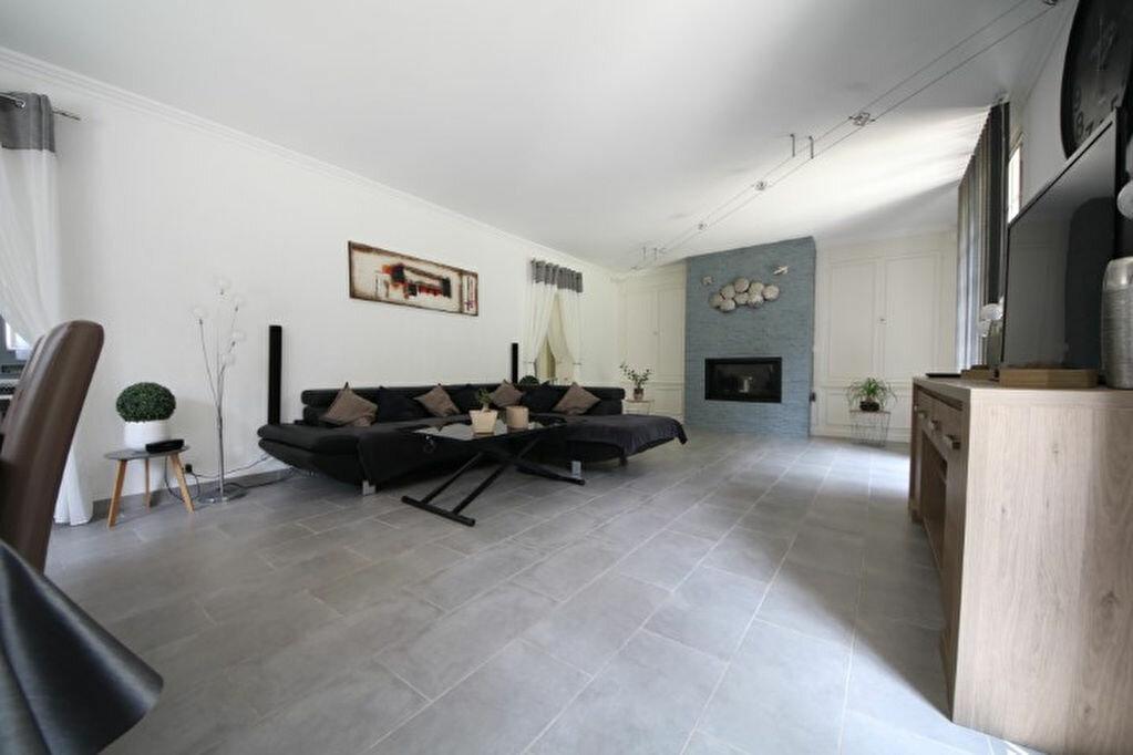 Maison à vendre 7 264m2 à Chierry vignette-2