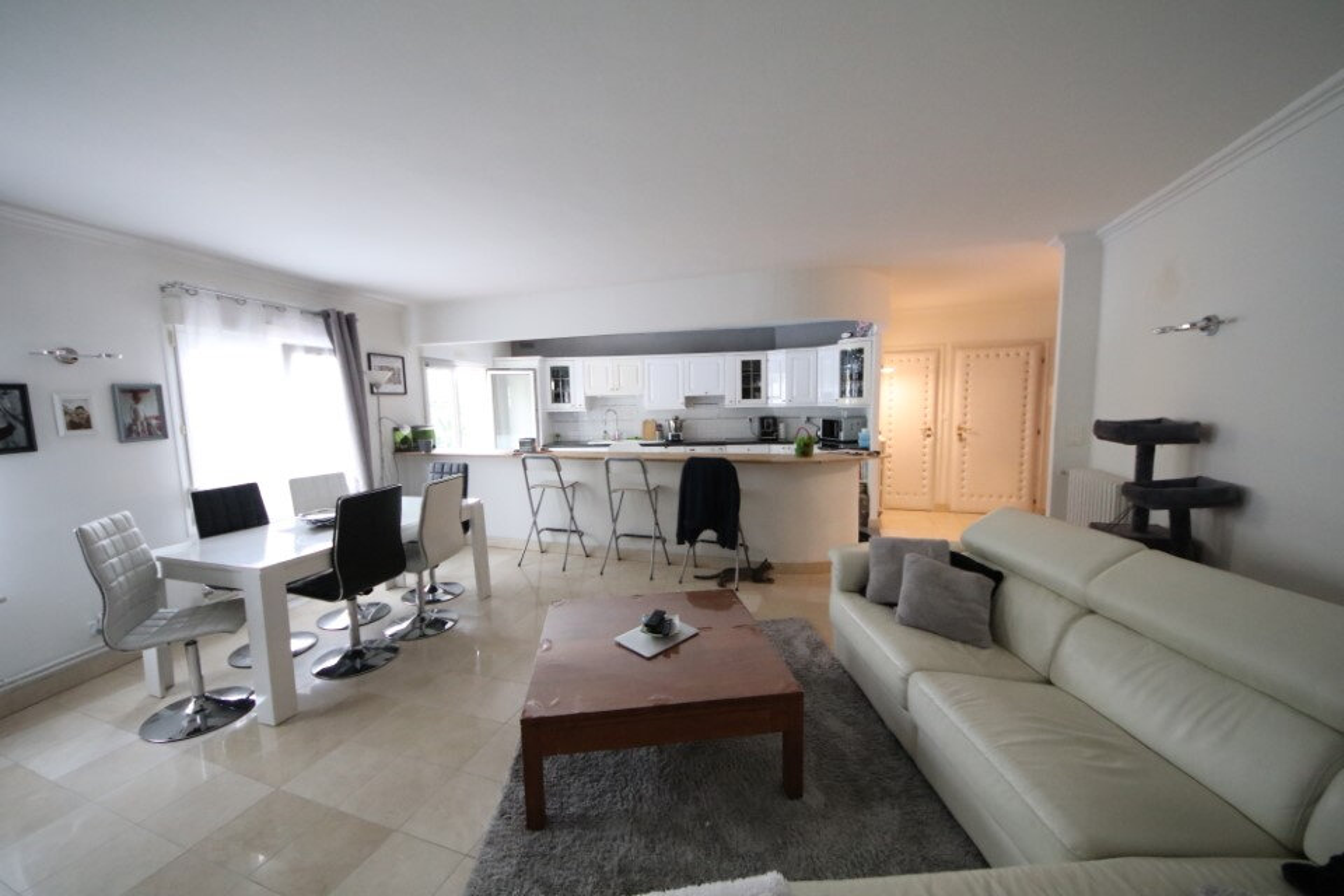 Appartement à vendre 4 115.43m2 à Château-Thierry vignette-1
