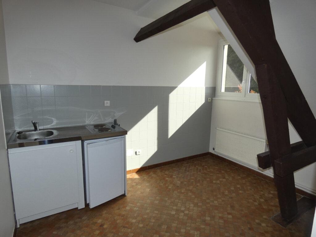Appartement à louer 2 18.07m2 à Château-Thierry vignette-5
