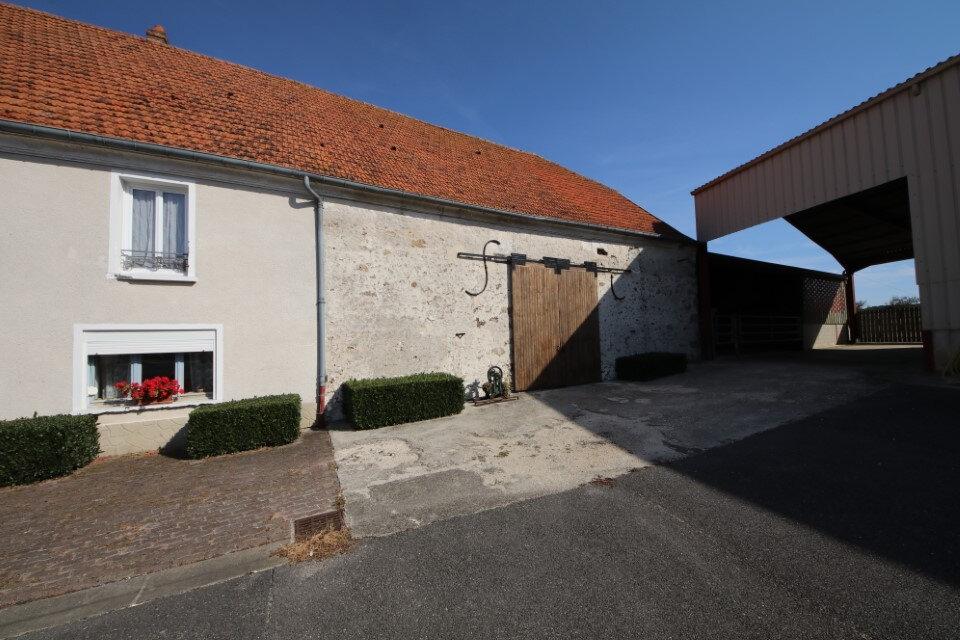 Immeuble à vendre 0 500m2 à La Celle-sous-Montmirail vignette-1