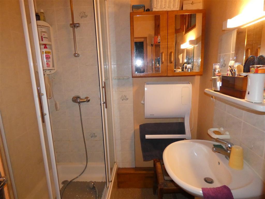 Appartement à vendre 4 68.25m2 à Essômes-sur-Marne vignette-3