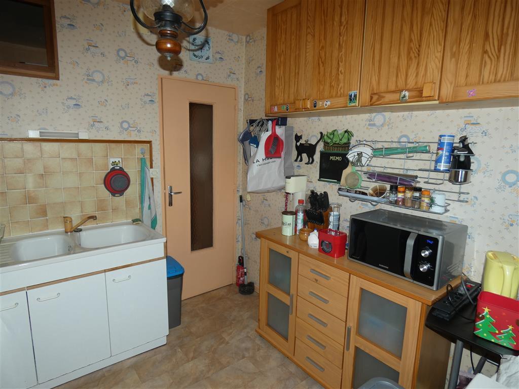 Appartement à vendre 4 68.25m2 à Essômes-sur-Marne vignette-5
