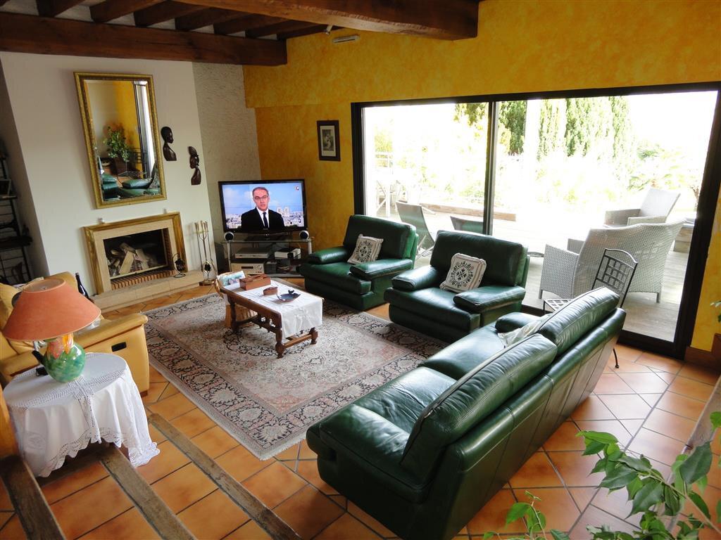 Maison à vendre 10 270m2 à Essômes-sur-Marne vignette-4