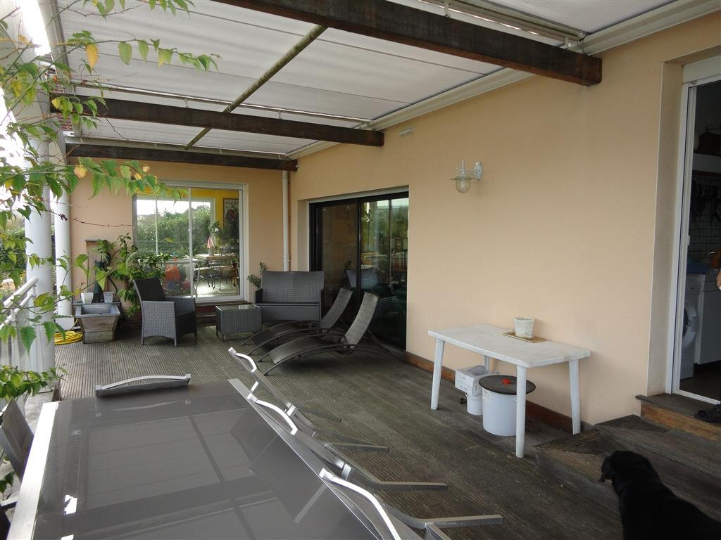 Maison à vendre 10 270m2 à Essômes-sur-Marne vignette-6